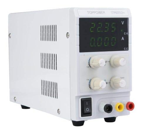 Alimentation stabilisée 60V haute tension, réglable en courant limite jusqu'à 5 ampères de charge, fonctionnement CV CC comme alim laboratoire